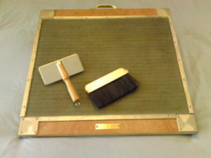 blending board w-brushes